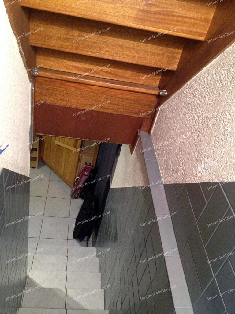 conseils isolation phonique d 39 une mont e d 39 escalier isoler un sous sol dans lequel je joue de. Black Bedroom Furniture Sets. Home Design Ideas